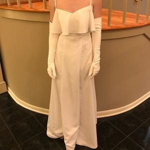 wedding dress/debutante ball dress